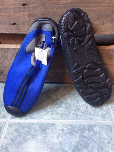 Strandschoen met verharde zool